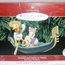 HALLMARK KEEPSAKE ORNAMENT COLLECTOR'S DONALD & DAISY IN VENICE 1998