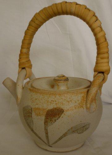 UNIQUE ARTIST SIGNED POTTERY TEA POT BY DEBORAH HARRIS