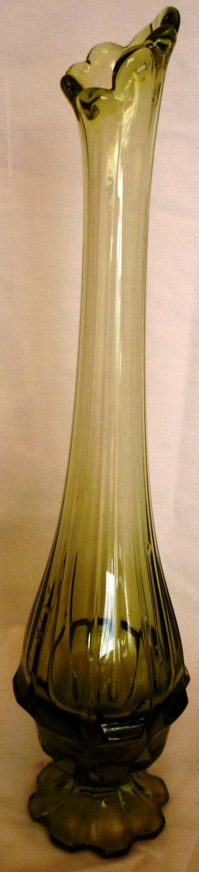 """VINTAGE GREEN STRETCH GLASS 14"""" SWAG VASE"""