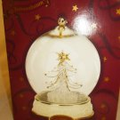 SAN FRANCISCO MUSIC BOX CHRISTMAS TREE ORNAMENT GLOBE CRYSTAL TREE O'TANNENBAUM