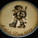 SCHMID SISTER BERTA HUMMEL COLLECTIBLE PORCELAIN PLATE MOTHERS DAY '74 W.GERMANY
