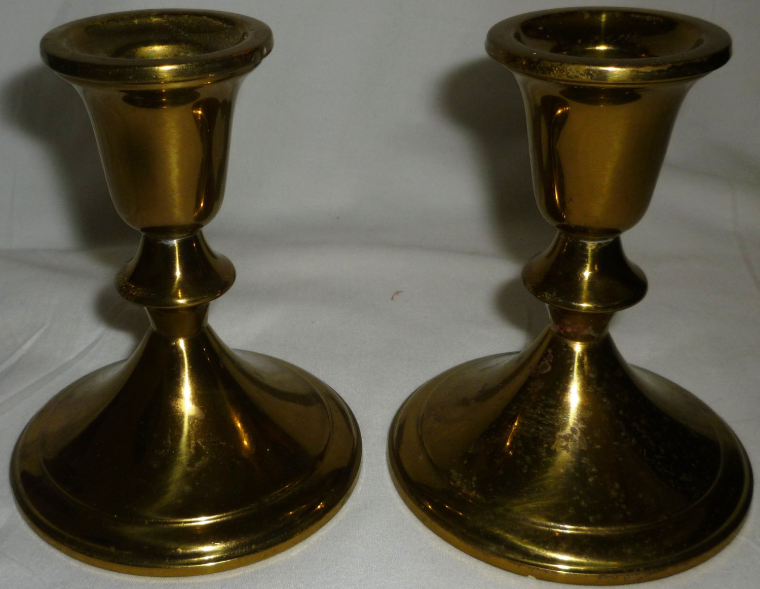 VINTAGE BRASS TOWLE TAPER CANDLE HOLDER SET OF 2 MADE IN USA