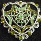 GORGEOUS VINTAGE FASHION JEWELRY BROCH PIN HEART FAUX GLASS EMERALDS