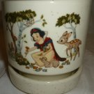 BEAUTIFUL VINTAGE STONEWARE DISNEY SNOW WHITE PLANTER FLOWER POT TREASURE CRAFT US