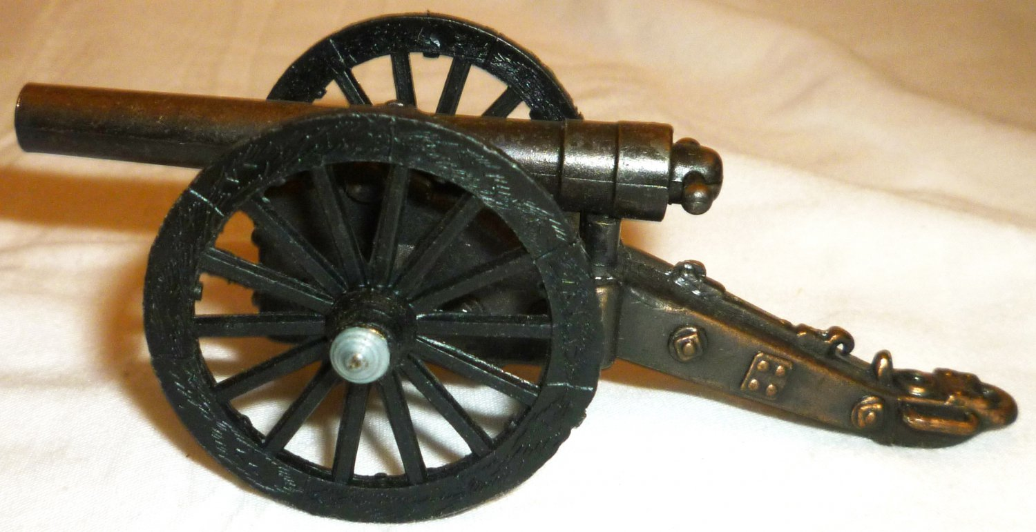 TOY ARTILLERY CANNON BRONZE BARREL MOVING WHEELS
