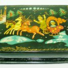 VINTAGE RUSSIAN WOODEN LACQUER MINIATURE ART HINGED TRINKET BOX PALEKH TROIKA