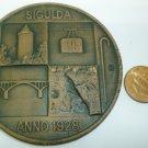BEAUTIFUL CERAMIC WALL HANGING MEDAL SIGULDA LATVIA ARTIST MADE