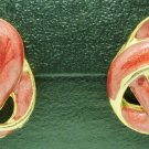 VINTAGE CHARMING PINK ON GOLD ENAMEL SWIRL STUD EARRINGS