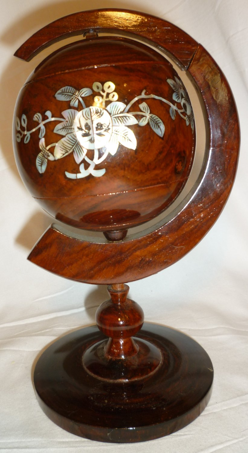 GORGEOUS UNIQUE WOOD CARVED W/MOTHER OF PEARL INLAYS GLOBE TRINKET BOX ASHTRAY