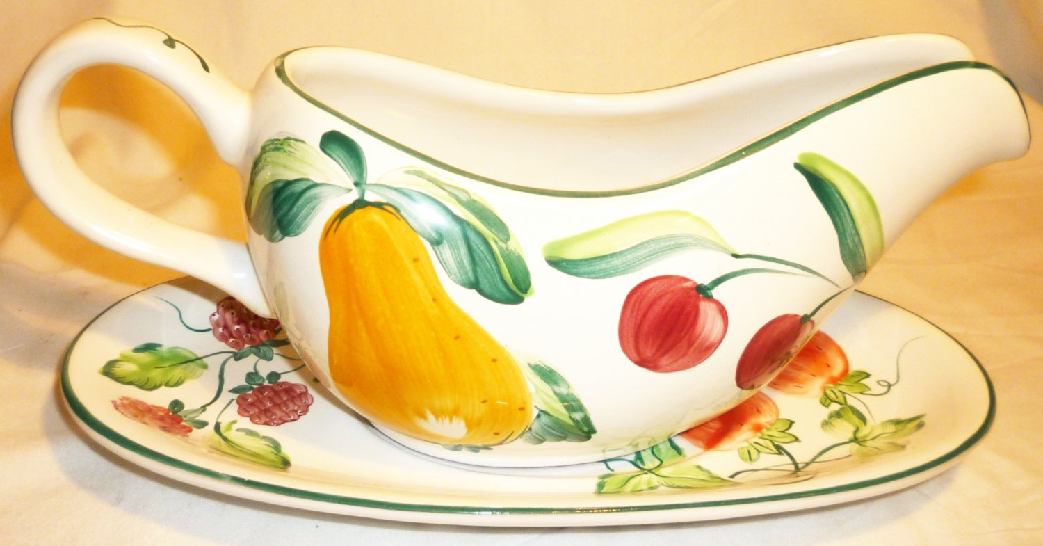 HEREND VILLAGE POTTERY HUNGARY GRAVY BOAT & SAUCER HANDPAINTED BERRIES & FRUITS