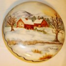 SMALL PORCELAIN PAPERWEIGHT CHRISTMAS WINTER SCENERY