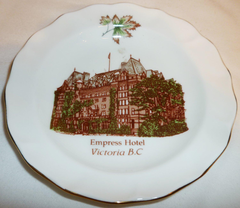 VINTAGE DUCHESS BONE CHINA ENGLAND PLATE EMPRESS HOTEL VICTORIA B.C. PLATE
