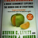 FREAKONOMICS A ROGUE ECONOMIST EXPLORES THE HIDDEN SIDE OF EVERYTHING LEVITT
