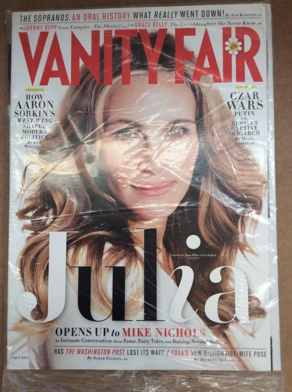 Vanity Fair Magazine Back Issue April 2012 JULIA ROBERTS  Sopranos Oral History Putin Johnny Depp