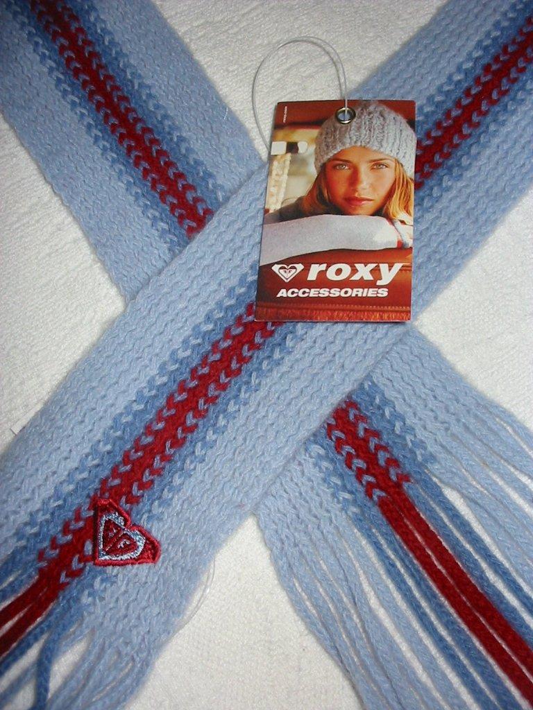 Roxy Quiksilver Vintage Skinny Mini Knit Fringe Scarf Unique Accessory