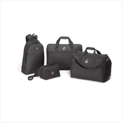 4 PC. TRAVEL BAGS SET