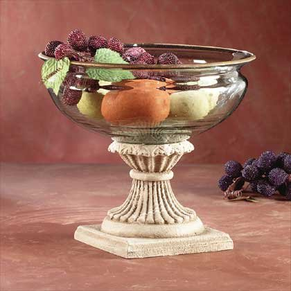 GLASS FRUIT BOWL ON ALAB BASE