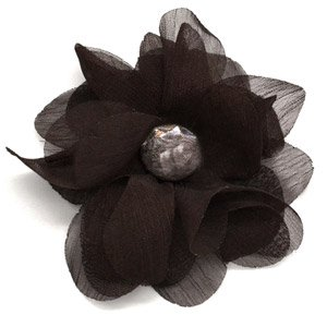 Brown flower hair clip with pearl in the center