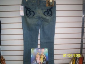 Dereon Lightwash Jeans