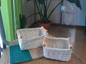 WOOD BASKET  A GREAT FOR ORGANIZATION AND DECORATION