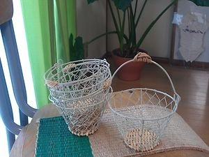 IRON WORK BASKET WITH BAMBOO AND WOOD GREAT FOR ORGANIZATION AND DECORATION