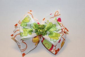 Sparkly Frog Bow