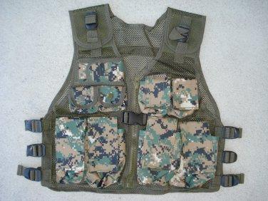 Kids Tactical Combat Vest Woodland Digital Camouflage 9 Pockets Adjustable