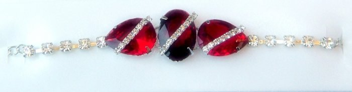 Stunning  Designer 925 Sterling Silver Bracelet with Ruby