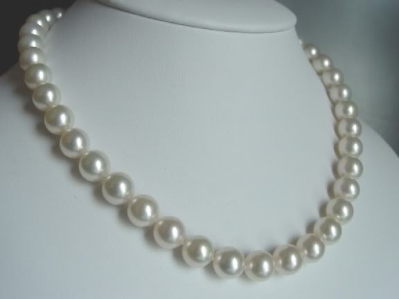 "Single Strand String White Faux Pearl Beaded Necklace 18"" 8 mm"