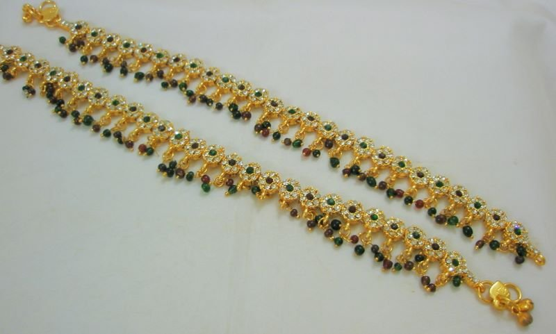 Imitation Kundan Work Anklets With Gold Polish