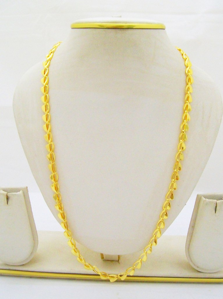Cutwork Heart Gold Plated Chain Link Necklace
