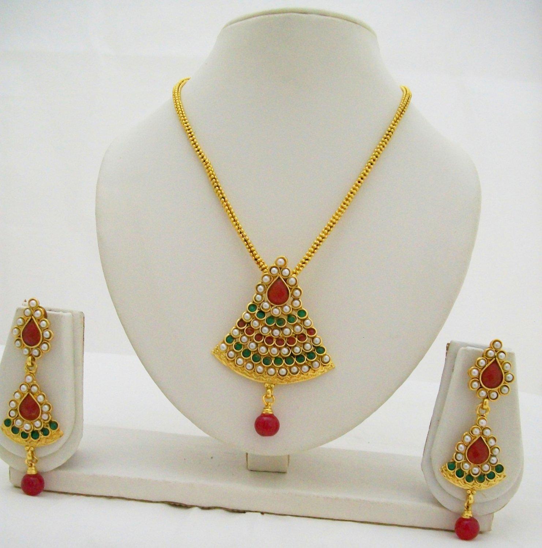 Kundan Victorian Jewellery Necklace Earring Set