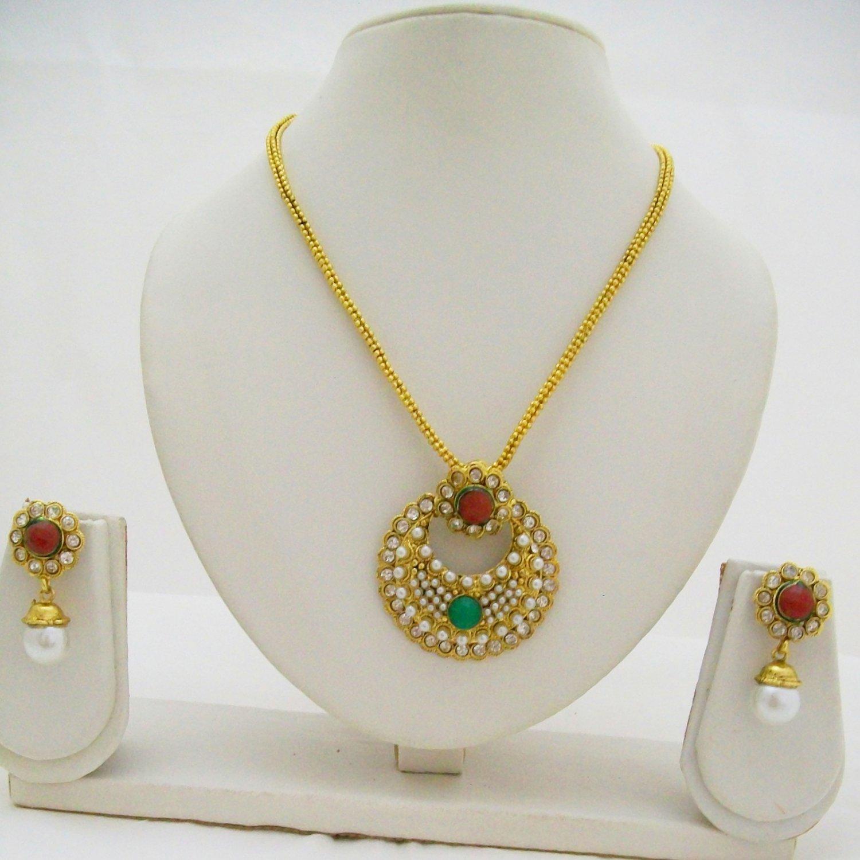 Kundan Pearl Necklace Earring Set
