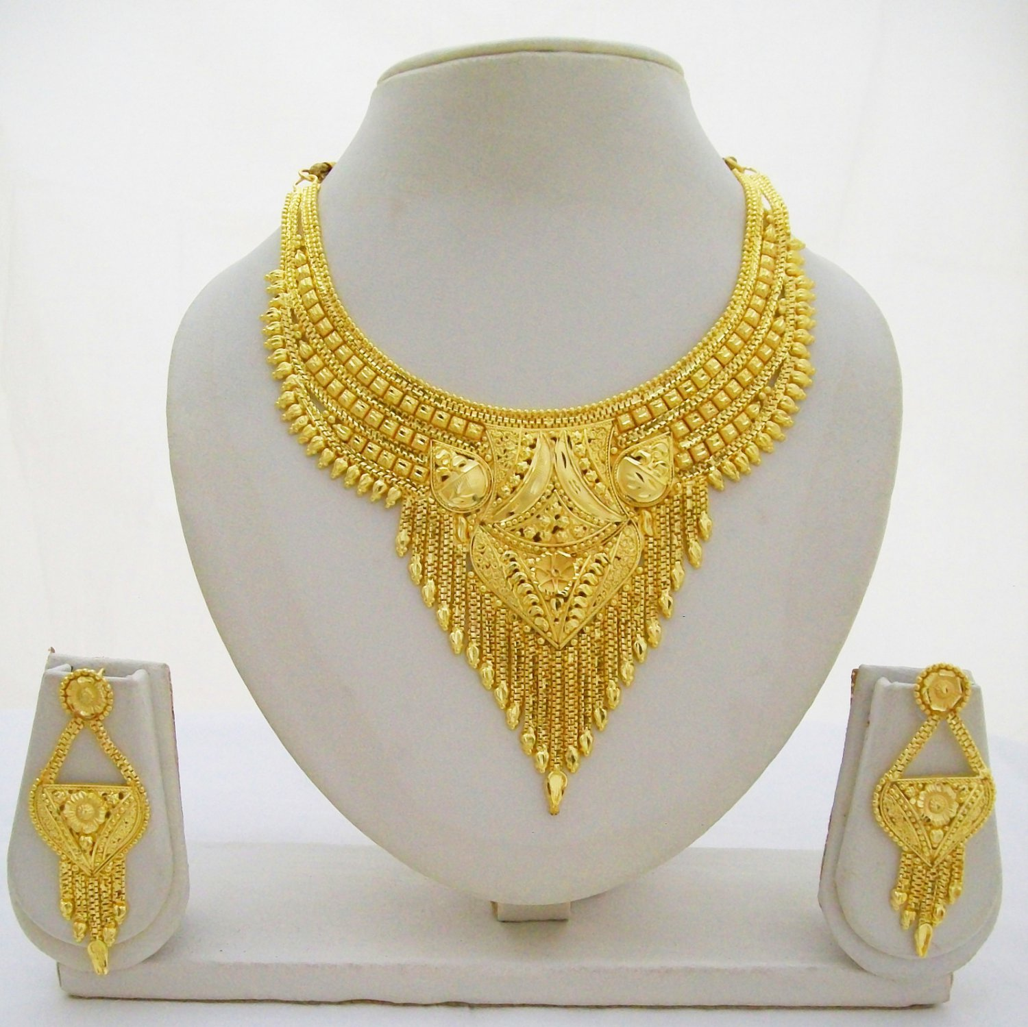 Indian Gold Plated Choker Necklace Set Saree Fashion Costume Jewelry