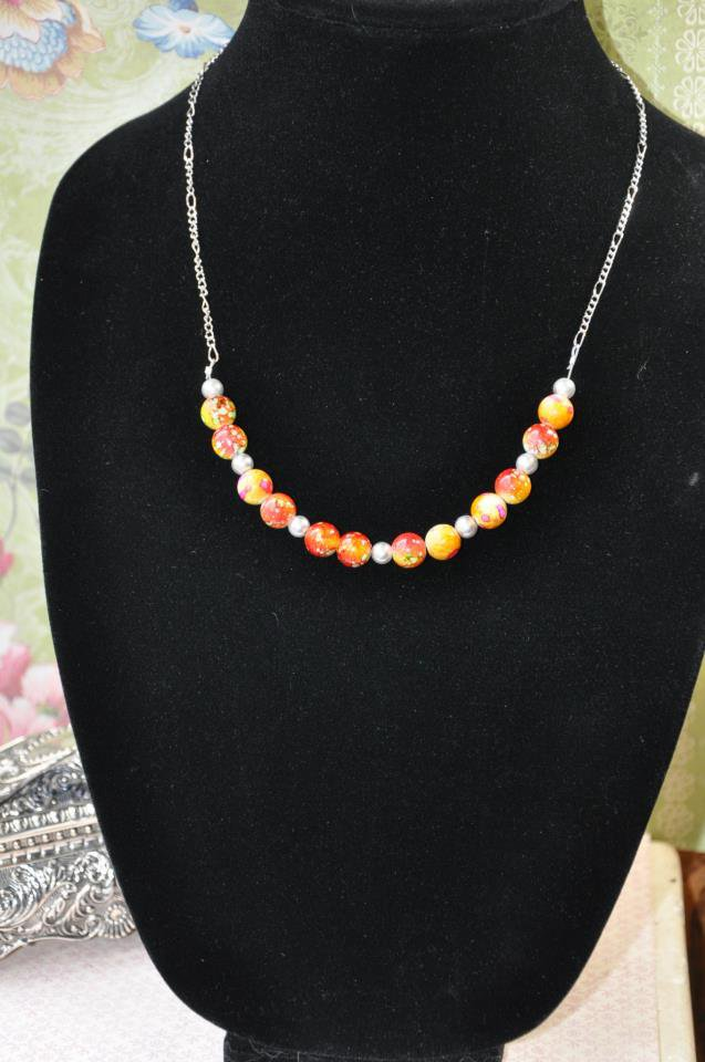 Red and Orange Pearl Chain Necklace