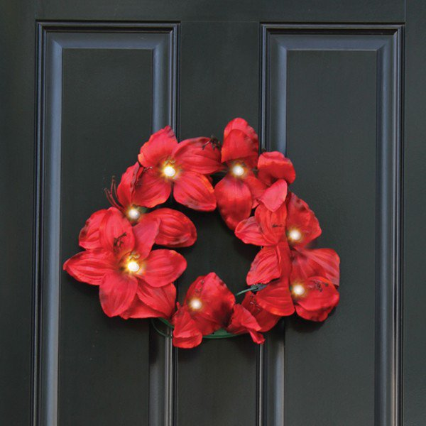 Amaryllis wreath cheer holiday decor for Amaryllis christmas decoration
