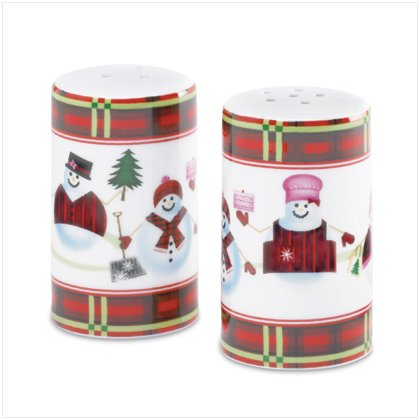 Discount Christmas Shopping: Perfectly Plaid Snowman Salt and Pepper Shakers