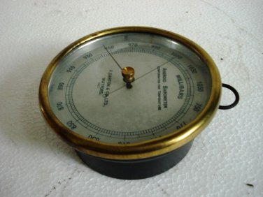 F. DARTON & Co. Ltd. Watford Circa 1920  Aneroid Barometer * No. 1015 * Brass
