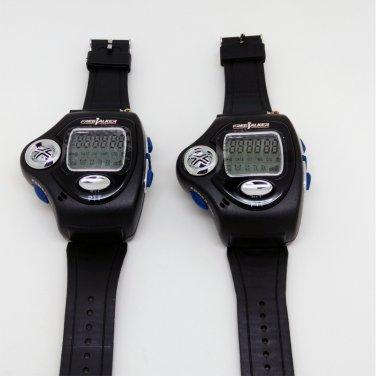 A Pair Small Transceiver Wrist Watch Style Walkie Talkie UHF License Free Radio