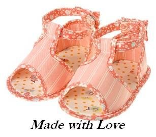 Gymboree MADE WITH LOVE sandals size 03 NWT