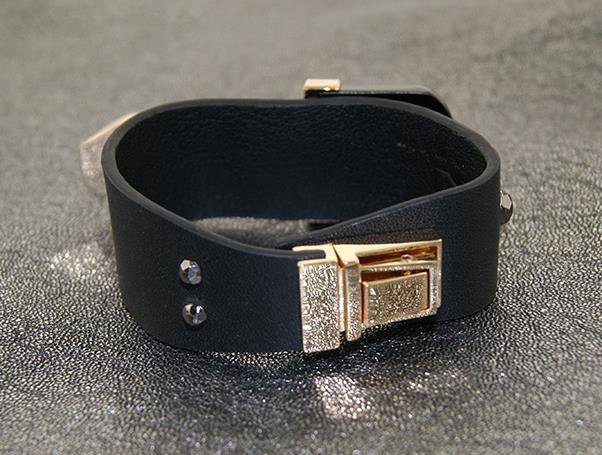 Black Knight fashion leather bracelet decorated female models trend strap gift free shipping
