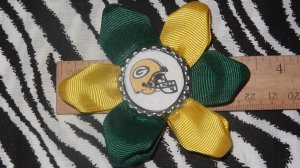 Sporty Bottlecap Flower NFL Football Green Bay Packers Helmet Logo Hair Bow ~ Free Shipping