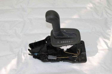 Volvo V40 Automatic Transmission Floor Shift Shifter Box Assembly. Some wear!!!