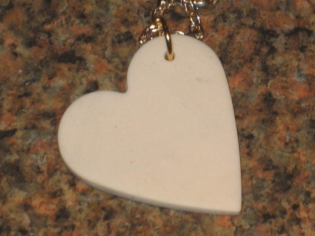 "16"" White Heart"