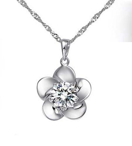 Zircon white diamond necklace pendant plum female rhodium Switzerland drill eight arrows and hearts