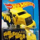 2015 Hot Wheels #28 Hiway Hauler 2 Yellow