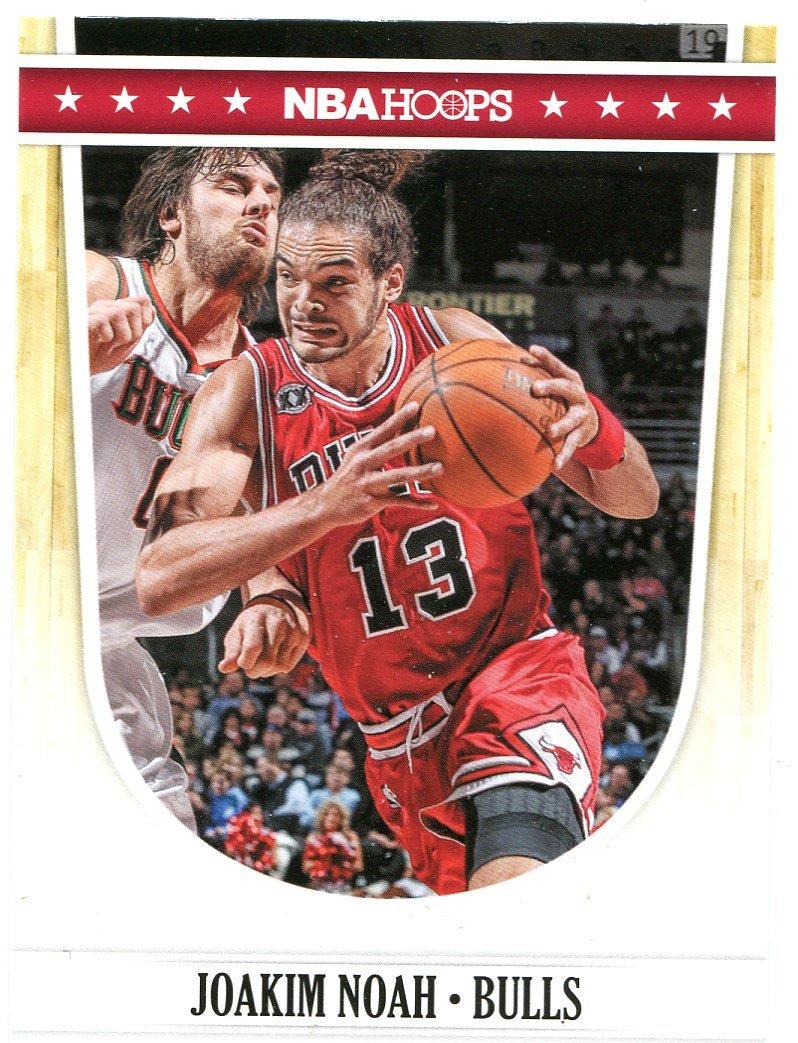 2011 Hoops Basketball Card #27 Joakim Noah