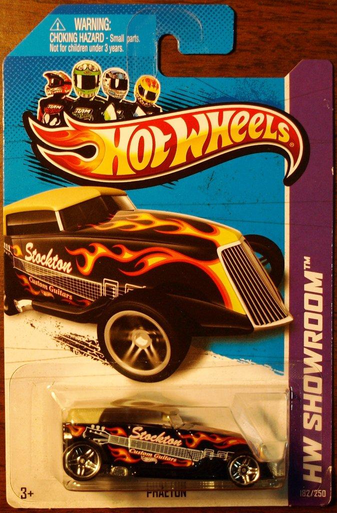 2013 Hot Wheels #182 Phaeton