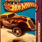 2013 Hot Wheels #182 Phaeton