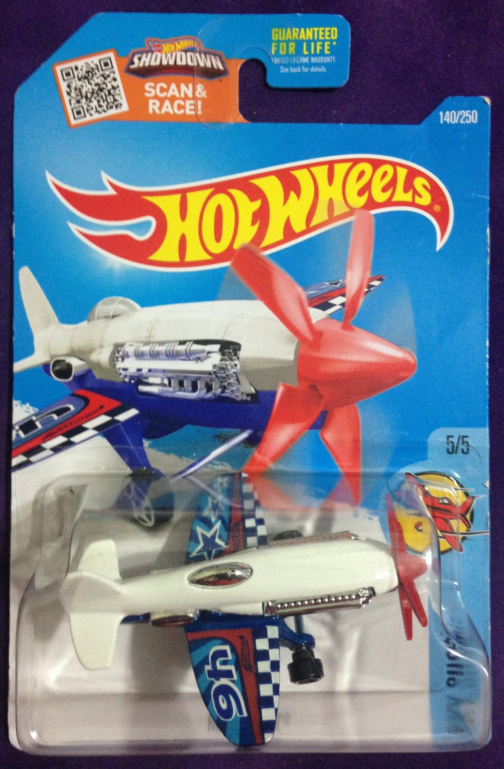 2016 Hot Wheels #140 Mad Propz WHITE